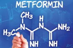 Metformina: zwiększenie wrażliwości na insulinę